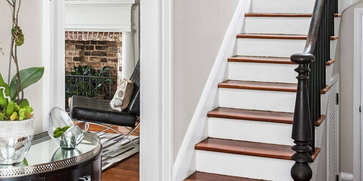 how to lay carpet tiles on stairs