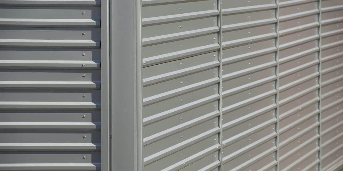 can you put vinyl siding over aluminum siding
