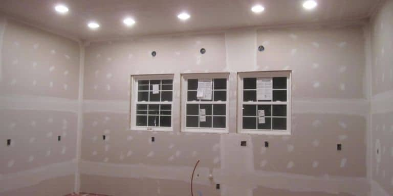 can drywall touch ductwork
