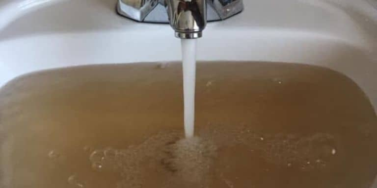 brown well water after power outage