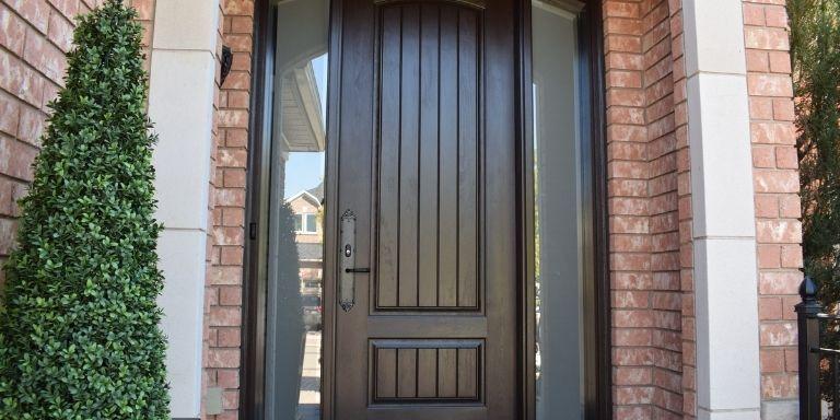 how to remove stain from fiberglass door